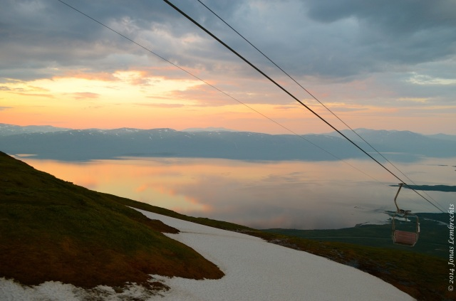 Chairlift on Nuolja to the midnight sun