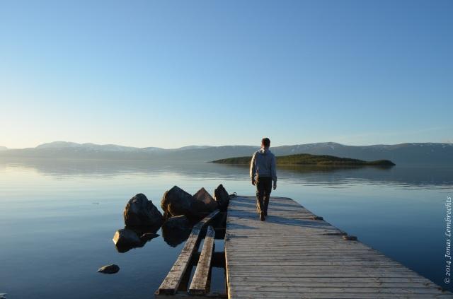 Enjoying the view over lake Torneträsk