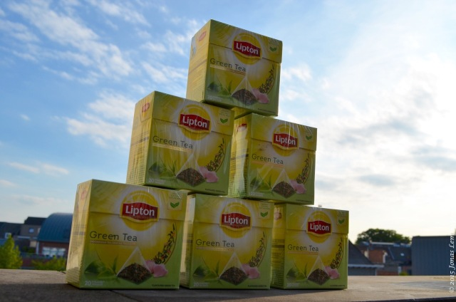 A lot of Lipton green tea