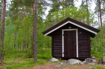 The little Fjällbu hytte in the forest