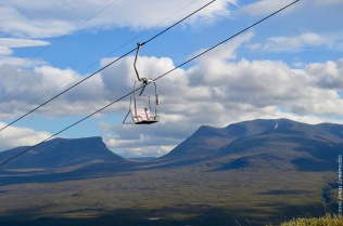 The ski lift with a view on Abisko National Park and Lapporten